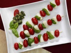 Tomato Mozzarella Skewers - 3 PointsPlus / 120. No cooking. Sold. #weightwatcherscheese