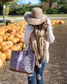Holding on to fall a little bit longer..  found this popular fringe scarf back in stock in this color! It's so cozy and oversized  Shop my outfit details via the link in my bio or follow me in the LIKEtoKNOW.it app to shop all my posts! @liketoknow.it http://liketk.it/2tpBs #liketkit #LTKunder50 #LTKitbag