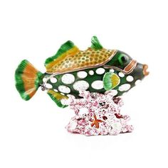 """Fish Hiding In Coral Trinket Box Item No. KB00238A01 $27.29 This charming fish trinket box is made with a heavy pewter base to prevent it from ever tipping over and breaking. It is painted with a thick enamel-like paint, and decorated with several sparkling Swarovski crystals by skilled artisans. The box opens and closes easily thanks to a magnetic clasp. The clasp allows the box to open easily, yet close firmly. Golden Fish, Rainbow Fish, Austrian Crystal, Tropical Fish, Trinket Boxes, Pewter, Swarovski Crystals, Plating, Artisan"