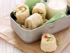 Receta de Sandwich Sushi | Una forma diferente de hacer un sandwich y sushi, para los peques.