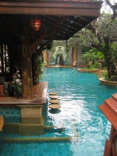 If you decide to build a pool bar, then you will need some pool bar design ideas. Well, you are just in the right page. Mentioned below are some great pool bar design ideas only for you. Small Swimming Pools, Swimming Pools Backyard, Swimming Pool Designs, Pool Landscaping, Amazing Swimming Pools, Insane Pools, Lazy River Pool, Tropical Pool, Tropical Design