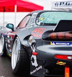 いいね♪ #geton #car #auto #MAZDA #RX7 #FD3S ↓他の写真を見る↓ http://geton.goo.to/photo.htm 目で見て楽しむ!感性が上がる大人の車・バイクまとめ -geton http://geton.goo.to/