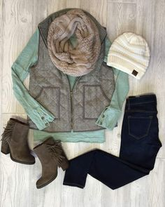 Keep it Casual with Cat Everyone's instant vest outfit requires riding boots or some kind of booties. Step up your street style and dare to mix prints as well. Large plaids couple nicely with… Size Herbstmode bescheiden Keep it Casual with Cat Style Outfits, Vest Outfits, Mode Outfits, Casual Outfits, Fashion Outfits, Womens Fashion, Mint Shirt Outfits, Fasion, Teen Fashion