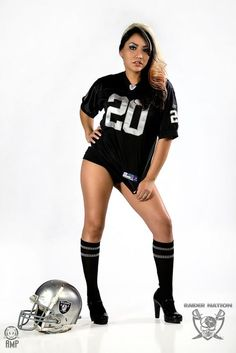 Raider Nation Tasheena in studio, Raider Nation Buggs . Oakland Raiders Wallpapers, Nfl Raiders, Oakland Raiders Football, Pittsburgh Steelers, Dallas Cowboys, Raiders Vegas, Raiders Girl, Football Boudoir, Hot Football Fans