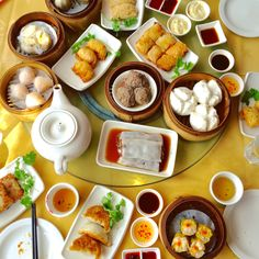 This Dim Sum from a floating restaurant in London looks like the best you will find outside of Shanghai.