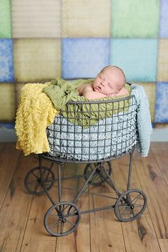 Laundry Basket on Wheels - Medium