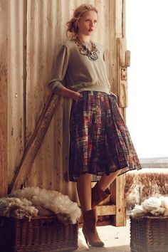 Love full skirts with pockets.