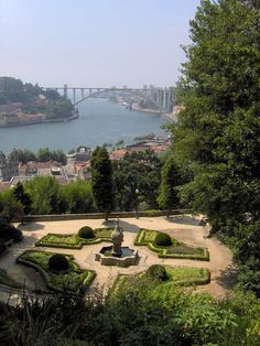 Porto - Jardins do Palácio de Cristal Porto Portugal, Honeymoon Planning, Douro, Most Beautiful Cities, Great Love, Journey, Europe, Spaces, World