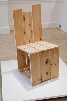 Autoprogettazione Revisited by Martino Gamper Crate Furniture, Woodworking Furniture, Furniture Projects, Furniture Design, Diy Projects, Staircase Shelves, Enzo Mari, Crate Table, Recycled Pallets