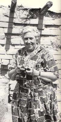 Mrs. Christie, en una expedición arqueológica en la ciudad de Nimrud, en la actual Iraq