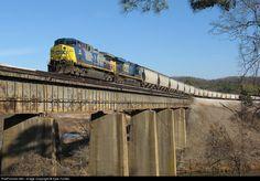 csx grain train | RailPictures.Net Photo: CSX 44 CSX Transportation (CSXT) GE AC4400CW ...