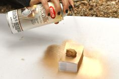 DIY: gold business cards craft spray paint