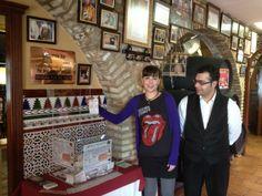 Mano inocente para el sorteo de #marisco y vino gratis en La Gamba de ORO , http://www.lagambadeoro.es