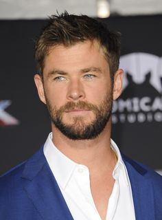 Chris Hemsworth at Thor Ragnarok premiere in LA.