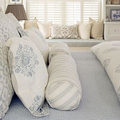 Southern Living tips for buying the softest sheets.