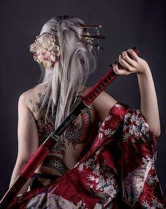 Sam-Val against the world Warrior Girl, Samurai Warrior, Female Samurai Art, Asian Woman, Asian Girl, Katana Girl, Samurai Artwork, Geisha Art, Dark Fantasy Art