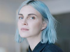 Phoebe Dahl Can Convince You Linen Is Cool