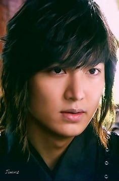 "Long Hair? Oh! Yes a handsome young man. Lee Min Ho, oppa""  u making my heart beat soo fast! O_o"