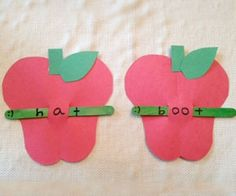 Phonics Apples Craft via Scholastic.com - Support early reading skills with these easy-to-make phonics apples! (pinned by Super Simple Songs) #preschool #efl