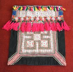 Textiles -  Hmong Baby Carrier/ Hmong / Miao fabric / Hmong embroidery panels - 1008 by dazzlinglanna on Etsy