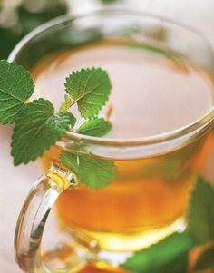 Liver-detoxing parsley tea