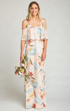Show Me Your Mumu Caitlin Ruffle Maxi Dress ~ Paradise Party - ShopStyle Ropa Semi Formal, Printed Bridesmaid Dresses, How Many Bridesmaids, Wedding Guest Gowns, Bridal Gowns, Silver Dress, Ladies Dress Design, Beautiful Outfits, Boho Beautiful