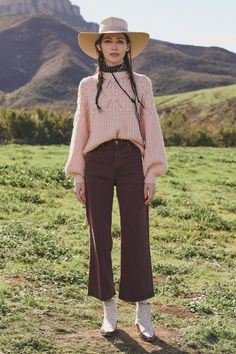 The Great Fall 2020 Ready-to-Wear Fashion Show Collection: See the complete The Great Fall 2020 Ready-to-Wear collection. Look 50 Knitwear Fashion, Knit Fashion, Winter Fashion Casual, Autumn Winter Fashion, Fall Fashion, Fashion Ideas, Fashion Trends, The Great, Vogue