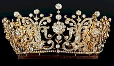 worn by Britain's late Princess Margaret  at her wedding, sold for $1.7 million to a Chinese collector.