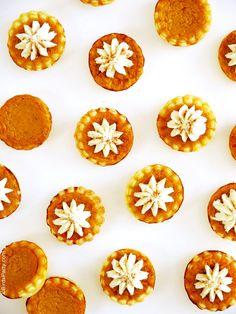 Party Food: Bite-Size Pumpkin Pies with Mascarpone Cream