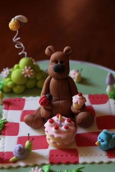 cake topper idea for Teddy Bear Picnic Teddy Bear Birthday Cake, Teddy Bear Party, Teddy Bear Cakes, Teddy Bears, Picnic Cake, Clay Bear, Ice Cake, Iced Cookies, Cake Decorating Tutorials