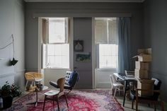 Farrow & Ball Inspiration Worsted walls, Shadow White woodwork