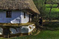 De am să uit vreodată satul și casa-n care m-am născut… More Photos, Romania, Pergola, Sweet Home, House Design, Cabin, Landscape, Country, Architecture