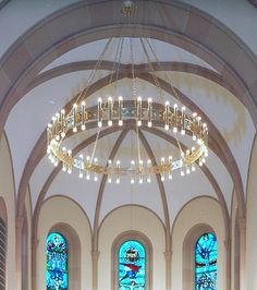 even though its goddie.its so clean and simple. Kirchen, Chandelier Lighting, Designer Chandeliers, Light Bulb, Ceiling Lights, Mirror, Church Ideas, Soho, Attic