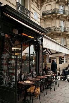 Cafe Saint Regis, 6 Rue Jean du Bellay, Paris IV