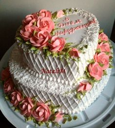 I think this cake would be a wonderful wedding cake.