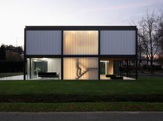 Bauhaus style house renovation by Arjaan De Feyter | Plastolux