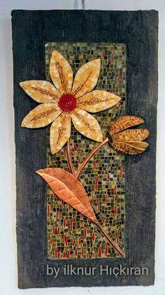 Flower 3 D Mosaic Diy, Mosaic Garden, Mosaic Ideas, Mosaic Crafts, Mosaic Designs, Mosaic Wall, Mosaic Patterns, Mosaic Glass, Fused Glass Art