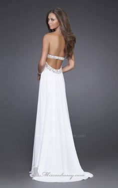 this back is beautiful... now only if my back looked like that!!