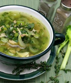 Chicken Leek Soup with Garlic & Coconut Oil to fight the flu !!!