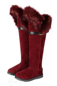 Gentlewomanly Warm Large Size Knee High Snow Forget A Boot It From the Plus Size Fashion Community at www.VintageandCurvy.com