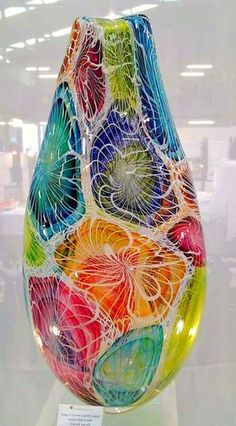 Colorful Art Glass by Hercio Dias ~ Art du Verre Blown Glass Art, Art Of Glass, Glass Artwork, Stained Glass Art, Cut Glass, Glass Ceramic, Mosaic Glass, Fused Glass, Glass Vessel