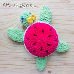 PDF Плюшевая Черепашка. Бесплатный мастер-класс, схема и описание для вязания игрушки амигуруми крючком. Вяжем игрушки своими руками! FREE amigurumi pattern. #амигуруми #amigurumi #схема #описание #мк #pattern #вязание #crochet #knitting #toy #handmade #поделки #pdf #рукоделие #черепаха #черепашка #turtle #tortoise #schildkröte #tortue #tortuga #tartaruga #плюшевый #plush