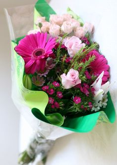 Bouquet of Flowers Online Delivery  #Flowers #Bouquet #Gifts #BirthdayGifts #Cakes #OnlineGifts #SendGifts