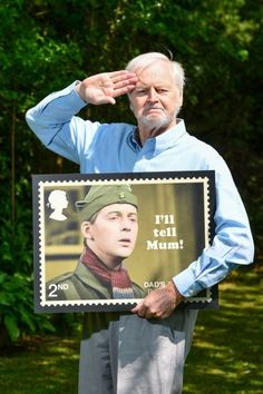 Ian Lavender holding his stamp Comedy Actors, Comedy Song, British Humor, British Comedy, Song Search, Dad's Army, Home Guard, Classic Comedies, Nostalgia