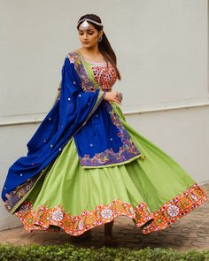 Image may contain: one or more people and people standing Garba Dress, Navratri Dress, Garba Dance, Choli Designs, Lehenga Designs, Indian Dresses, Indian Outfits, Indian Clothes, Bandhani Dress