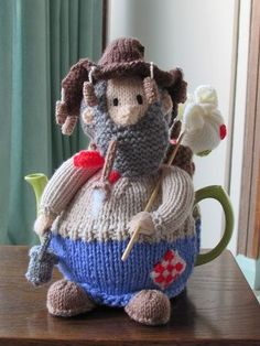 The Australian Swaggie Tea Cosy Knitting Pattern is a great project of a tea cosy with 8 pages to the pattern to complete. https://www.crazypatterns.net/en/items/36957/australian-swaggie-tea-cosy-knitting-pattern