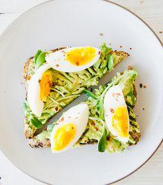 Looking for some healthy late-night snacks? Click here for a nutritionist's favorite midnight snack recipes.