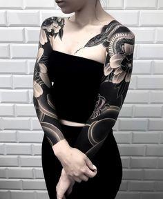 Japanese tattoo sleeves by horiokami swipe to the side to see both photos! japaneseink japanesetattoo irezumi tebori bngink inside part hannya koi lotus blackandgray blackandgreytattoo japanesetattoo blackclawneedle Girls With Sleeve Tattoos, Best Sleeve Tattoos, Body Art Tattoos, Girl Tattoos, Tattoos For Women, Tattoo Sleeves, Buddha Tattoos, Symbol Tattoos, Hand Tattoos