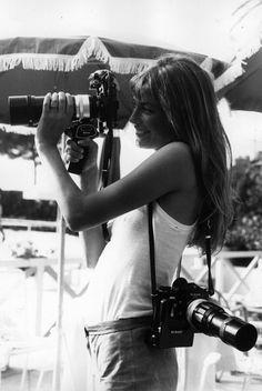 16 photos of Serge Gainsbourg and Jane Birkin in Cannes Estilo Jane Birkin, Jane Birkin Style, Gainsbourg Birkin, Serge Gainsbourg, Christy Turlington, Kate Moss, B&w Tumblr, Jane Birken, Image Republic
