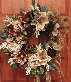 New Free of Charge Magnolia Wreath placement Popular If you reside from the southerly, or maybe other places in the country you will see superb Magnolia Thanksgiving Wreaths, Autumn Wreaths, Wreath Fall, Christmas Wreaths For Front Door, Holiday Wreaths, Frame Wreath, Door Wreath, Purple Flower Arrangements, Magnolia Wreath